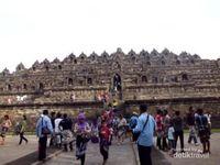 Tak Pernah Bosan Liburan ke Candi Borobudur