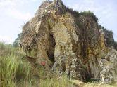 Serunya Eksplorasi Tebing Karst di Citatah, Padalarang