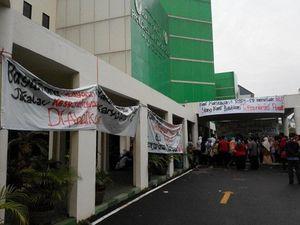 80-an Karyawan RSPI Gelar Demo Tuntut Remunerasi
