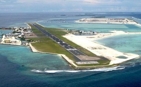 Landasan Bandara di Maladewa, Hanya 2 Meter di Atas Laut!
