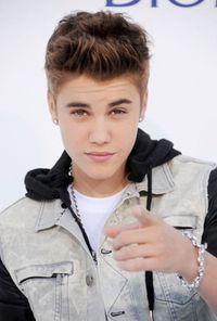 10 Ulah Kontroversial Justin Bieber (2)