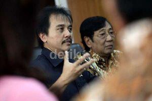 Dituding Berbohong oleh Dewan Adat, Roy Suryo: Tuhan Tidak Tidur