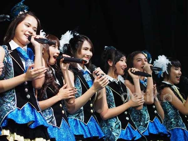 JKT48 Segarkan Java Jazz 2014