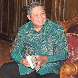 Presiden SBY Kembali Diundang Nobar 99 Cahaya di Langit Eropa Part 2