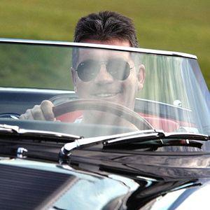 Mainan Baru Simon Cowell: Jaguar Seharga Rp 12 M