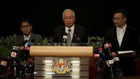 TRAGEDI MALAYSIA AIRLINES MH370 : PM MALAYSIA PASTIKAN PESAWAT MH370 JATUH DI SELATAN SAMUDERA HINDIA, TAK ADA PENUMPANG YANG SELAMAT