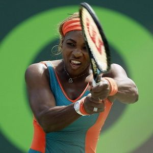 Kalahkan Sharapova, Serena ke Final