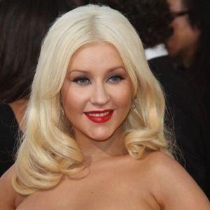 Bayi Christina Aguilera Berjenis Kelamin Perempuan