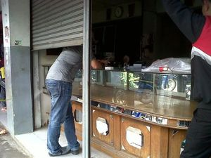 Perampok Kuras 2 Kg Emas dari Toko Sari Familie Tasikmalaya