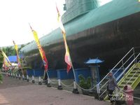 Ini Dia Monumen Kapal Selam yang Keren di Surabaya