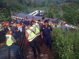 Imbas Pembuatan Bantalan Rel di Tasikmalaya, Perjalanan KA Terlambat 3-4 Jam