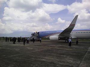 Mensesneg: Warna Biru di Pesawat RI 1 Jangan Dikaitkan dengan Politik
