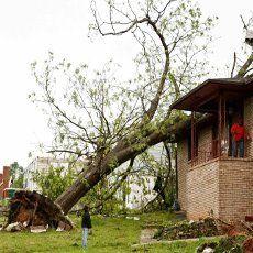 Tornado Hebat Terjang 6 Negara Bagian AS, Tewaskan 35 Orang