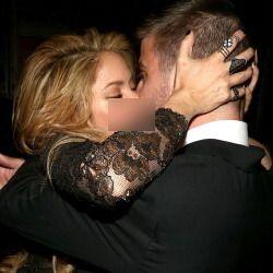 Shakira dan Gerard Pique Pamer Kemesraan di Billboard Music Awards 2014