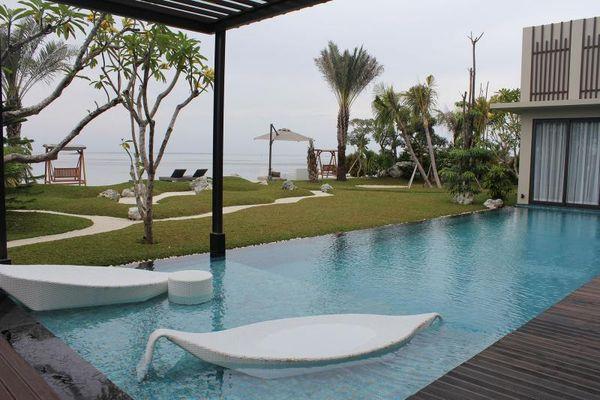 Pari Island Resort