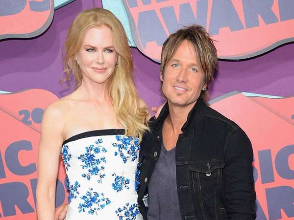 Nicole Kidman dan Keith Urban Serasi di CMT Music Awards