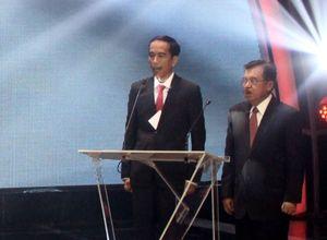 Soal Kertas Terselip di Jas Saat Debat Capres, Jokowi: Doa dari Ibu Saya