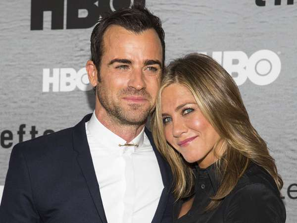 Kemesraan Jennifer Aniston dan Justin Theroux