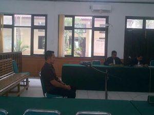 Berikan Keterangan Palsu, Ajudan Rusli Zainal Divonis 7 Tahun Penjara