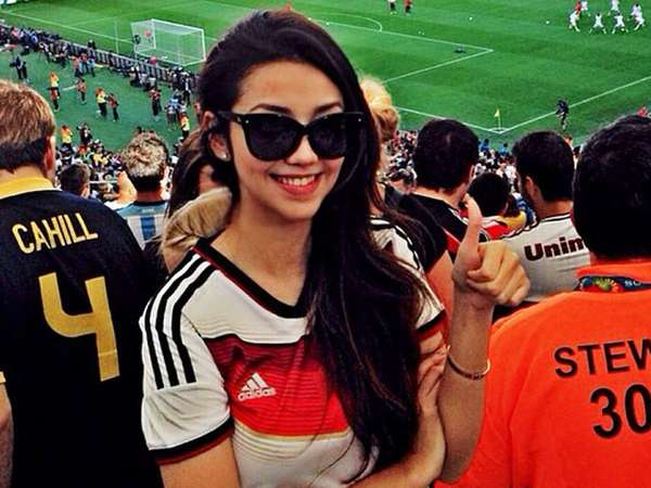 Serunya Velove Vexia Nonton Final Piala Dunia 2014 di Brasil