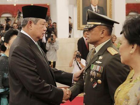 Presiden SBY Resmi Lantik Gatot Nurmantyo Menjadi KSAD