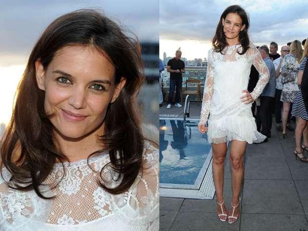 Pretty in White, Katie Holmes