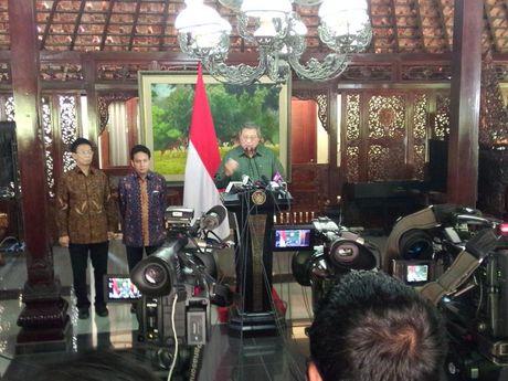 WIKILEAKS SEBUT SBY & MEGAWATI TERLIBAT KORUPSI PERCETAKAN UANG KERTAS TAHUN 1999, BANTAHAN SBY & MEGAWATI
