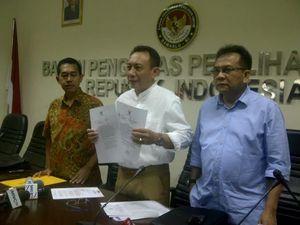 DKPP Libur, Tim Hukum Prabowo-Hatta Batal Laporkan KPU