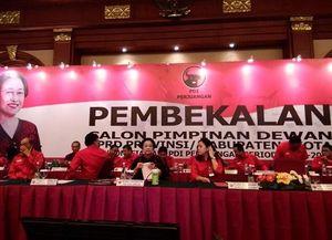 Mega Beri Pembekalan Legislator PDIP Secara Tertutup