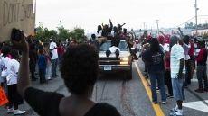 Remaja Berkulit Hitam AS Ditembak 6 Kali oleh Polisi Ferguson