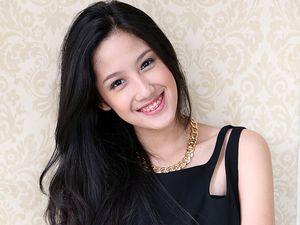 Tamara Tyasmara Cantik Tersenyum