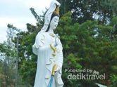 Terpesona Patung Dewi Kwan Im di Pattaya