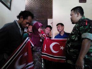 TNI Amankan Warga Pekalongan Pembuat Ribuan Bendera GAM