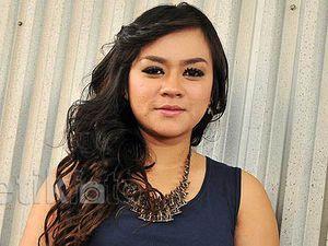 Daus Mini Belum Ikrar Talak, Yunita Susah Cari Suami Lagi