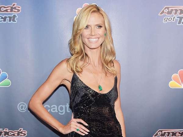 Senyum Lebar Heidi Klum