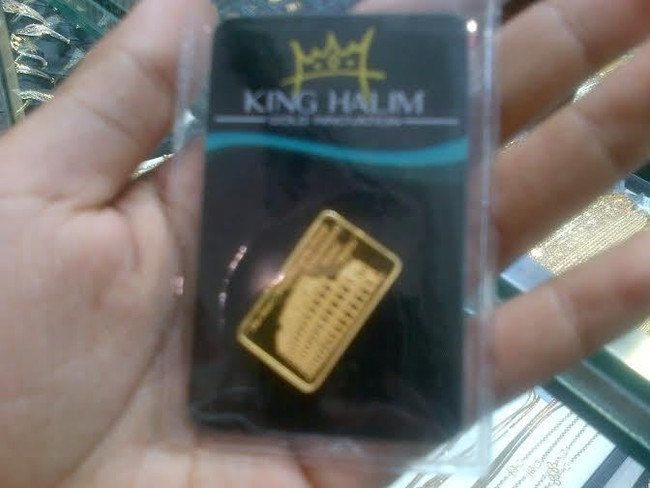 Perbandingan Emas Batangan King Halim dengan Emas Antam