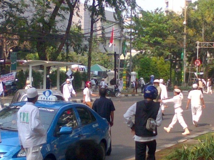 Jakarta Jl Kebon Sirih Jakarta Macet Total Siang Tadi Suara Dar Der