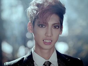 Boyfriend Jadi Vampir di Teaser Video Witch