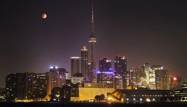Gerhana Bulan Merah Darah Diberbagai Negara