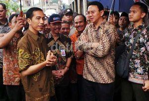 Ketika Jokowi Tersipu karena Ahok