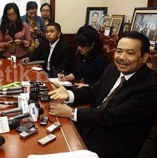 Otto Hasibuan: Dampingi Klien, Advokat Harus Jujur
