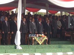 Begini Gaya Prabowo Berbaret Merah Kopassus