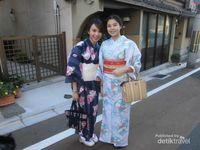 Gadis Jepang yang Imut dan Fotogenik