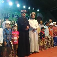 Kiai Fenomenal di Probolinggo Santuni 10 Ribu Fakir Miskin dan Anak Yatim