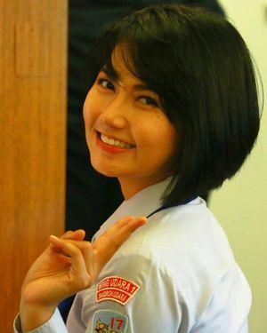 Heboh Pramugari Cantik Pesawat Kepresidenan Jokowi di Media Sosial