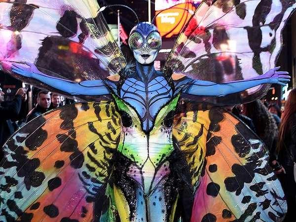 Halloween, Heidi Klum Berubah Jadi Kupu-kupu