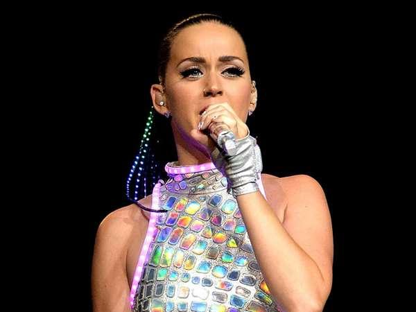 Konser di Australia, Katy Perry Menyala-nyala