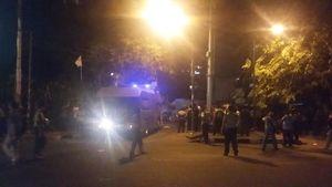 Dua Polisi Terluka Kena Lemparan Batu Mahasiswa yang Ricuh di Jl Diponegoro