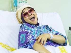 Tetap Makan Enak Meski Idap Kanker, Ria Lahap Jengkol Hingga Kambing