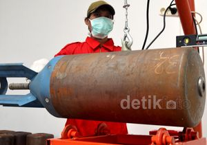 Menengok Pabrik Bom Pesawat Sukhoi di Malang